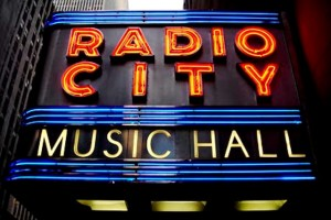 radio-city-04.jpgRE